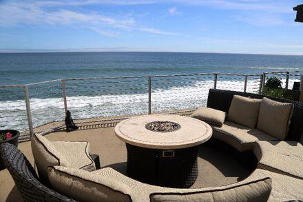 Oceanside Transitional Living in Malibu
